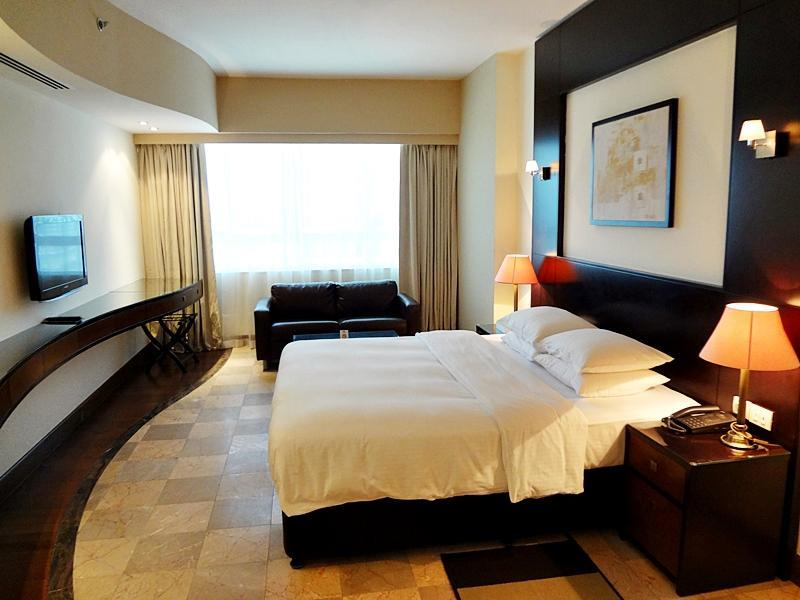 khach-san-number-One-Tower-Suites-Hotel-dubai-mixtourist